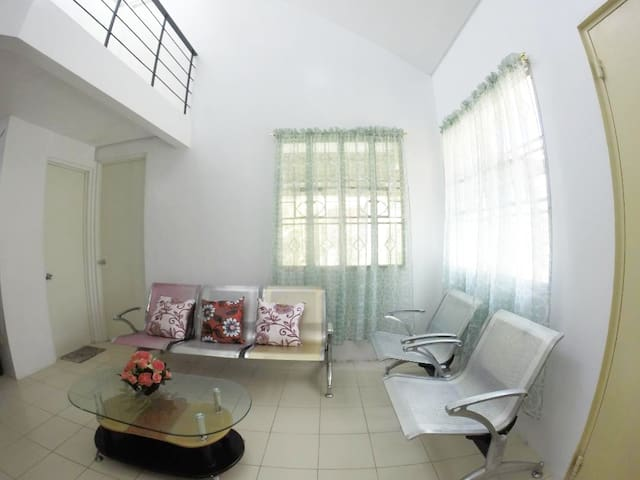 A Two Story House in Pavia Iloilo