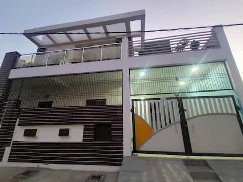 cheerful 4-room residential corner a lil close to the touch of banaras city
