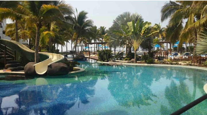 Beautiful 3 BR Oceanfront/Villa Los Cabos 6C