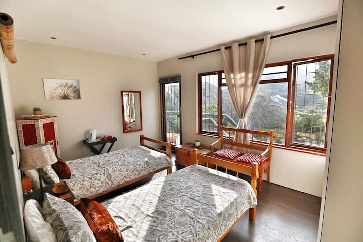A Rooibos inspired Room with a Breathtaking View