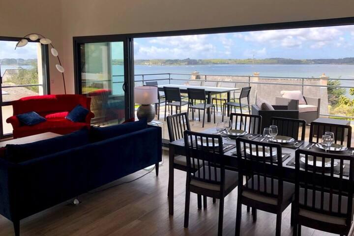 Villa d'architecte et vue imprenable sur le  Golf
