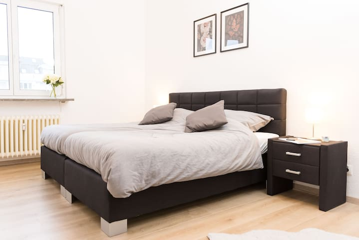 King size Bedroom with 2 beds that can be pulled apart