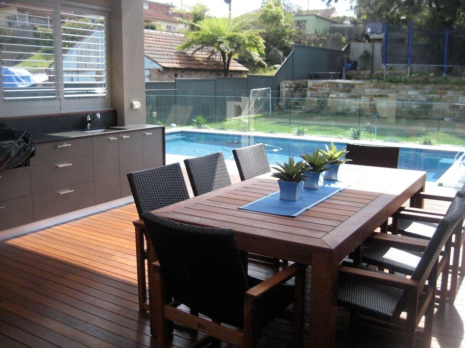 Outdoor Kitchen/Pavilion
