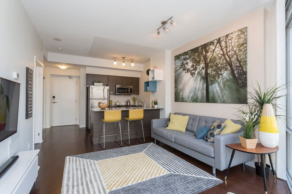 Yonge St Condo  Bed Rooms