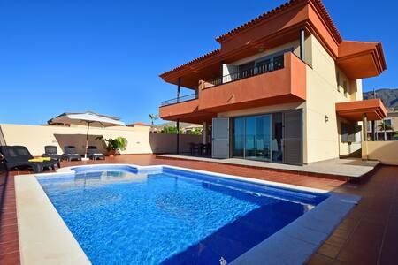 Villa Marta - Adeje