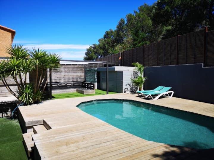 Belle villa calme avec grande terrasse et piscine