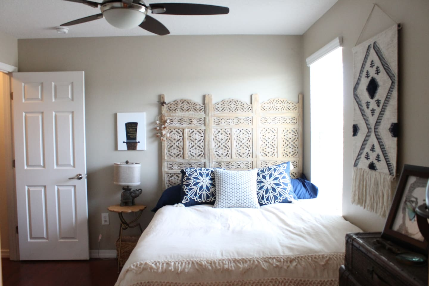 private bedroom and bathroom near disney townhouses for rent in