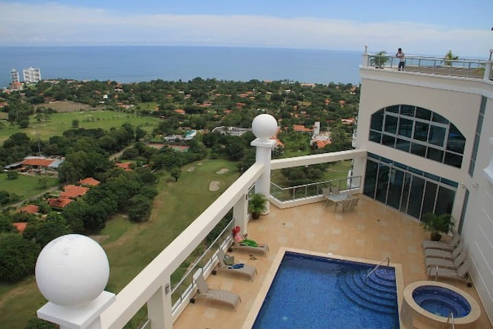 Luxury on the Golf Course - 14th Fl - Playa Coronado - Apartment