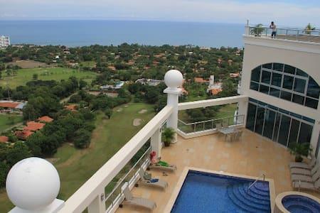 Luxury on the Golf Course - 14th Fl - Playa Coronado