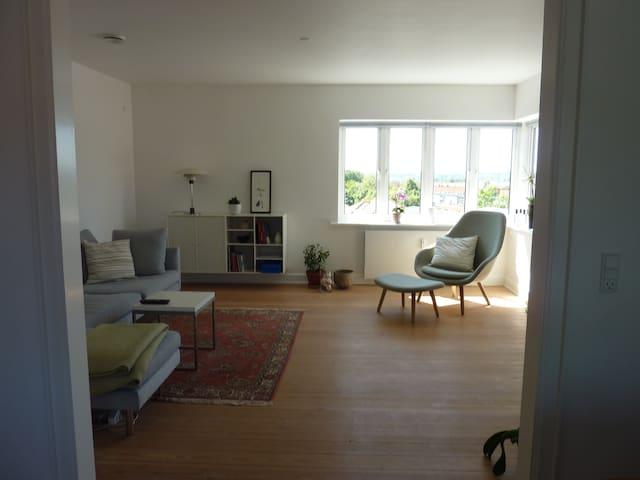 Modern flat close to city center - Århus - Huoneisto