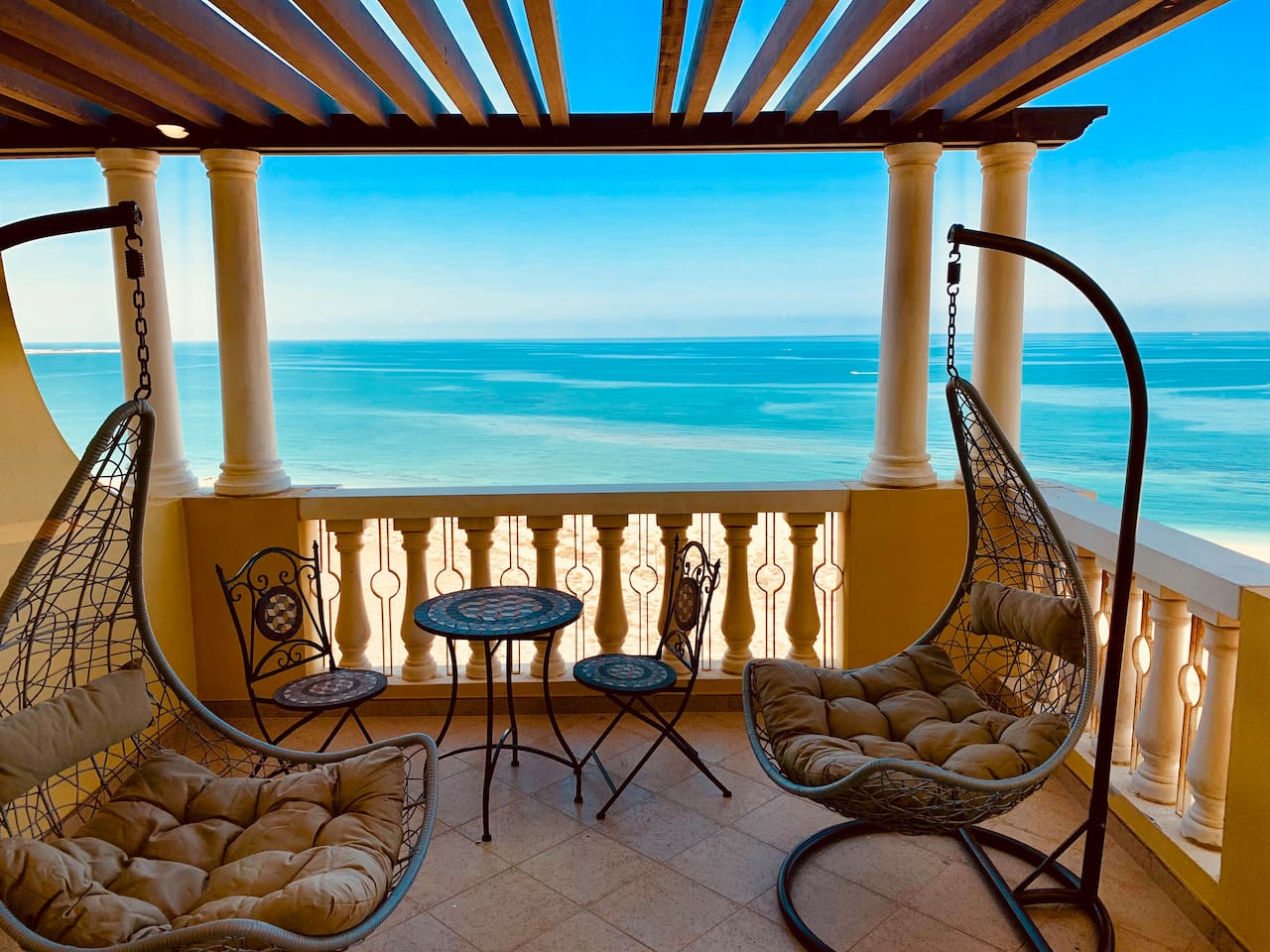 Master Berdoom Terrace View