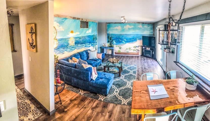 Hallway / Living space