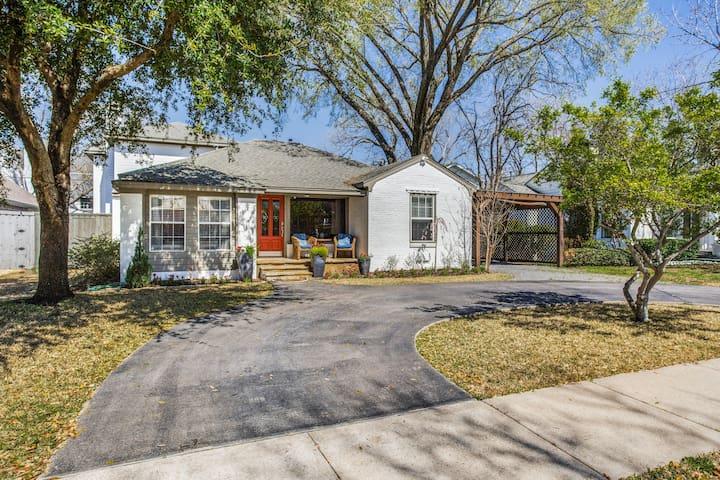 Zen Casa, Dallas perfect for business or pleasure!