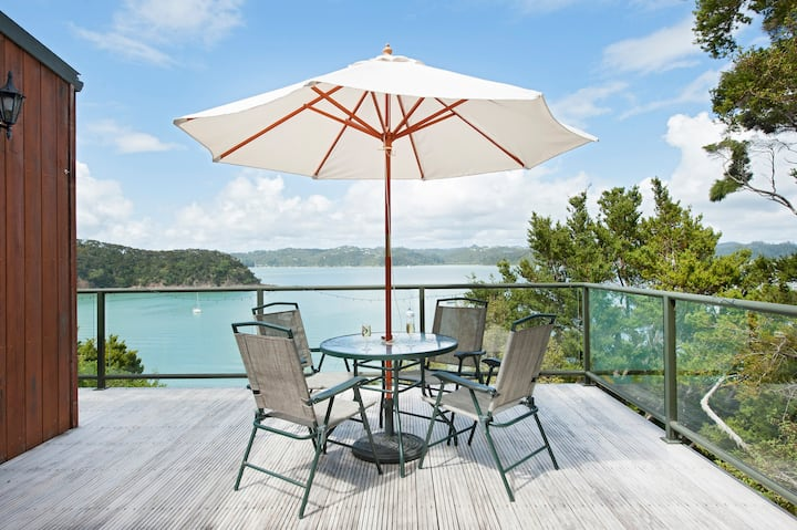 A Tranquil Escape with Gorgeous Sea views