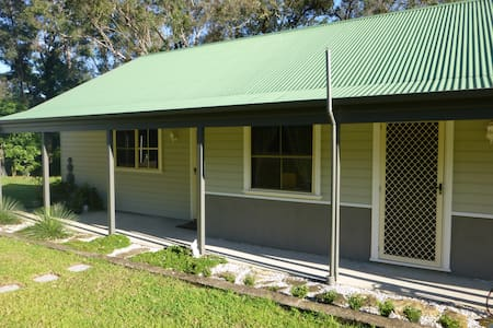 Bunyip Bottoms - Cottage