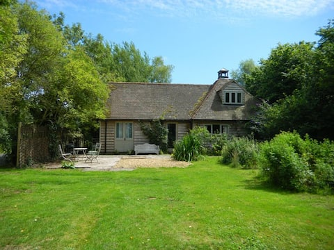 English Heritage Oak-Framed Cottage