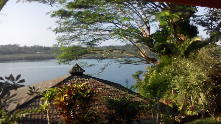 Lovely cosy house - Port Vila - Huis