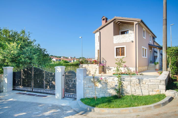 villa Lavanda with sea view - Rovinjsko Selo - Villa