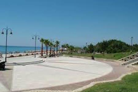 calabria caulonia150 metri dal mare - Caulonia Marina