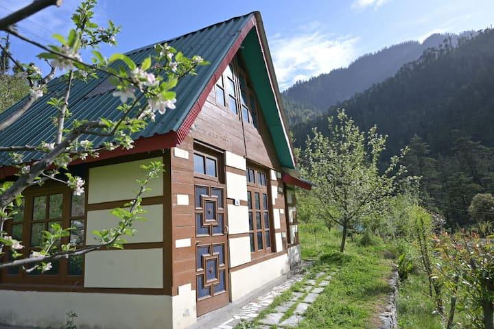 Ashwika Cottage | Orchard | Peaceful Retreat