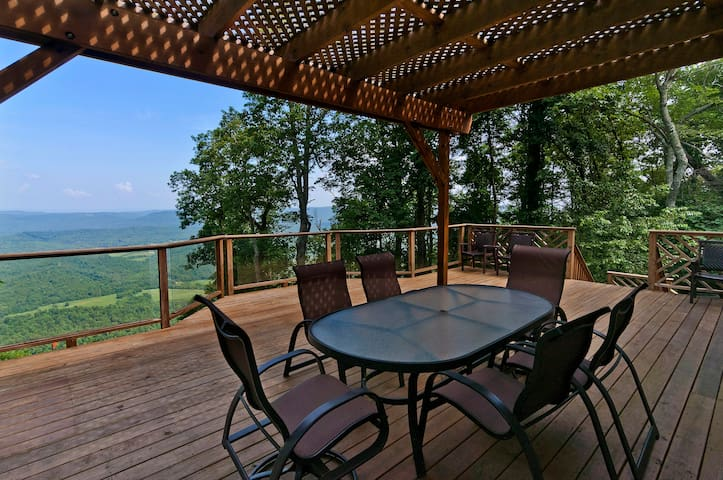 Couples Getaway Family Retreat CHATTANOOGA - Lookout Mountain - Huis