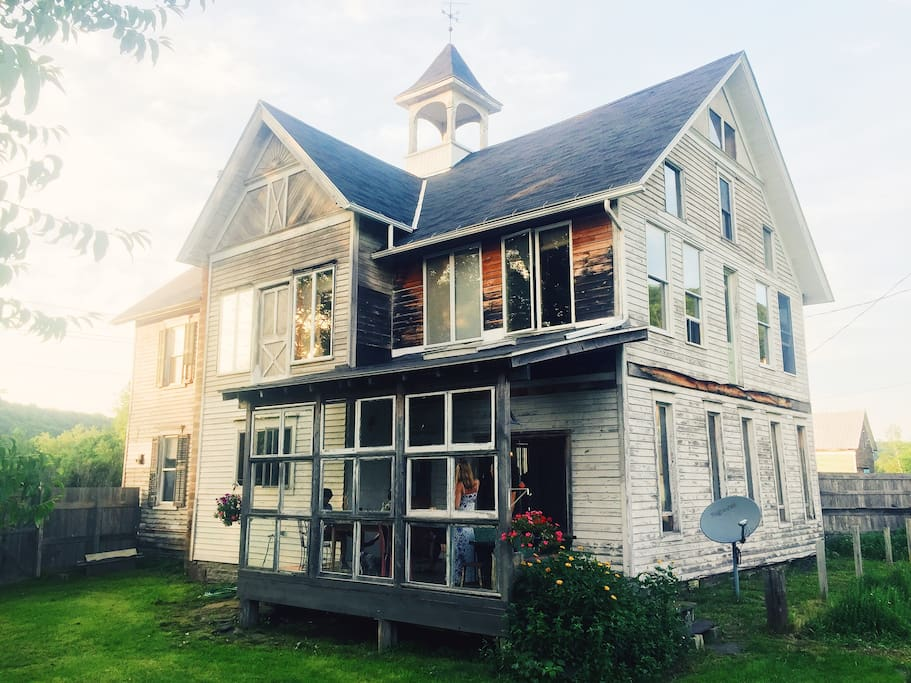bloomville singles Rent this 3 bedroom house rental in bloomville for $85/night has wi-fi and mountain views read 8 reviews and view 29 photos from tripadvisor.