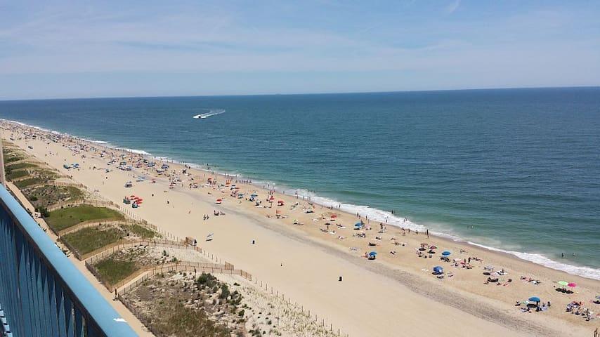 Direct Oceanfront Condo, 3BR/2BA!!! - Ocean City - Wohnung