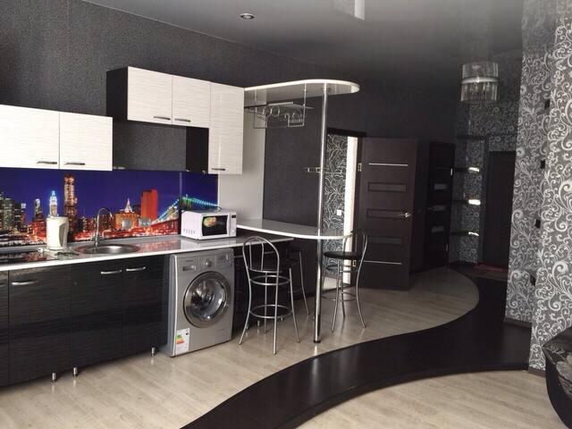 Дзержинского 64 двухкомнатная кварт - Хабаровск - Appartement