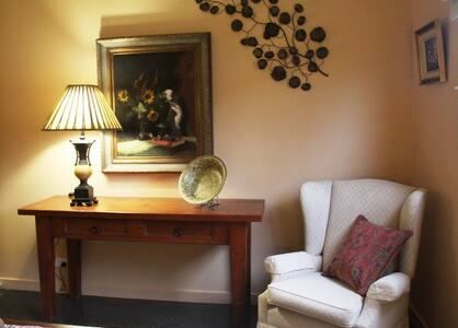 Boutique Short-Stay Accomodation - Bed & Breakfast