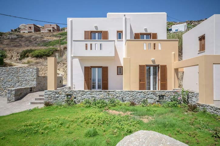 R 269 Spacious Luxury Sea View Villa with Private Pool – Non Refundable Rate