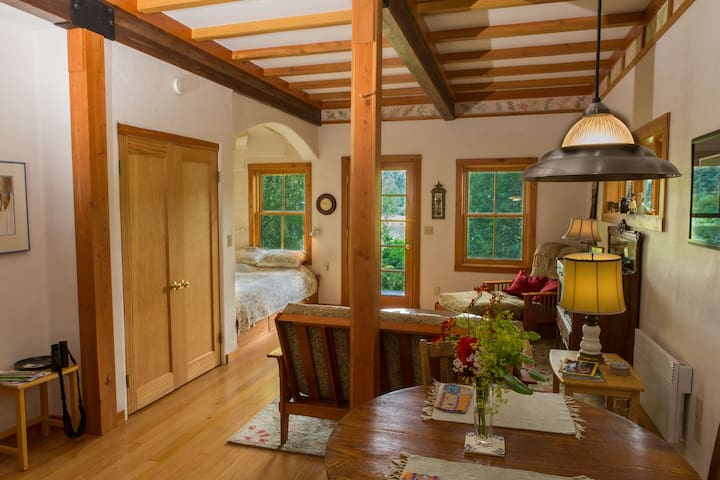 The Cottage at Tibbals Lake - Port Townsend - Cabane