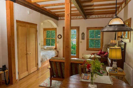 The Cottage at Tibbals Lake - Port Townsend - Cabaña