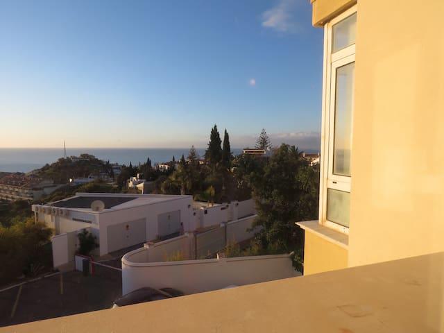 Habitación doble en Fuengirola Málaga cerca al Mar
