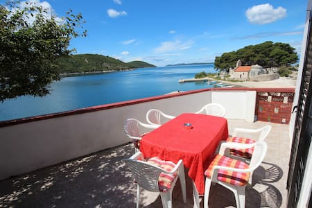Apartment for 5 persons with great sea view - Apartment