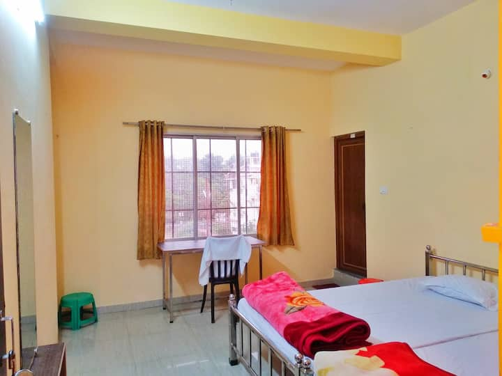 5) UShashee--for 4 guests 1 deluxe quadruple room