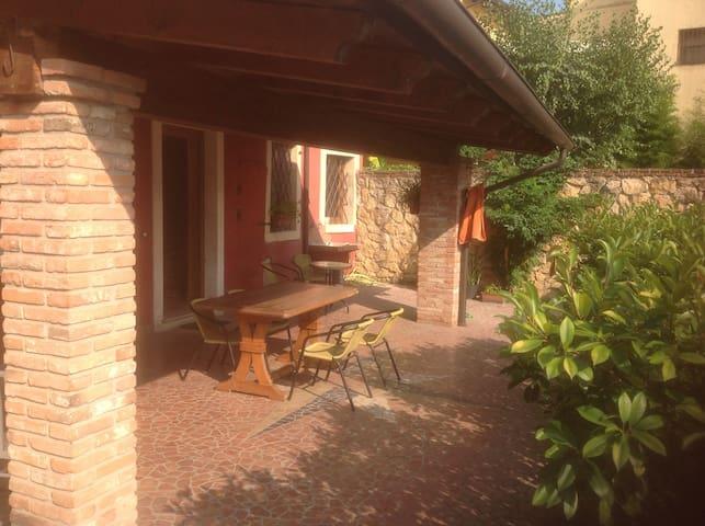 Grazioso appartamento romantico  con porticato - Monteforte d'Alpone - Wohnung