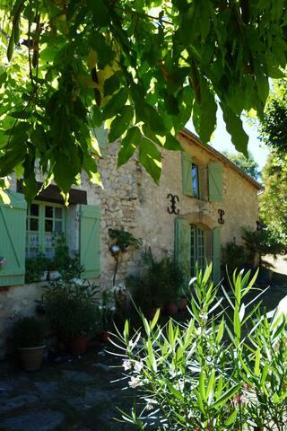 Havre de Paix en Dordogne - Berbiguières - House