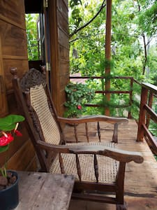 The Tree House - Bed & Breakfast