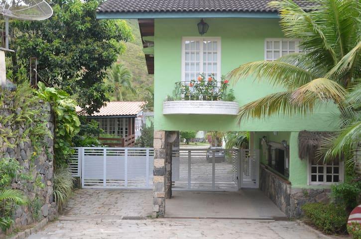 Casa 2 andares - Condomínio Paúba-Canto Sul 04