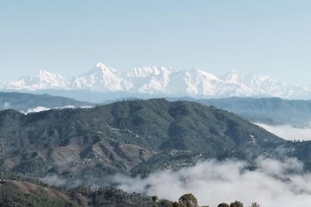 Hill cottage- Trishul, Nanda peaks - District Almora - House