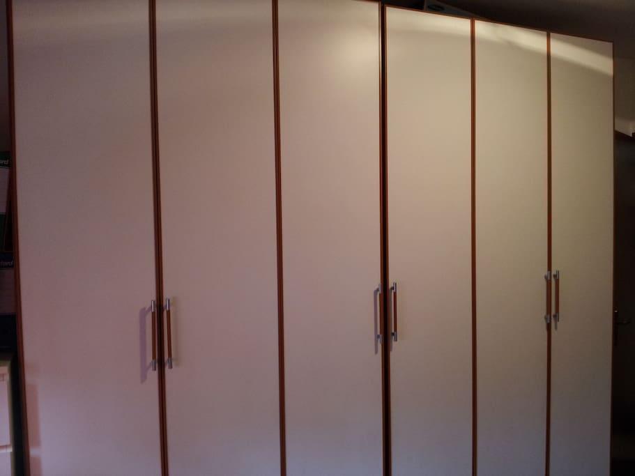 Wardrobe of room1