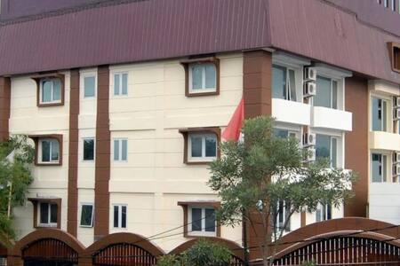 Grand Kasira Hotel - Cilandak - Hotel butikowy