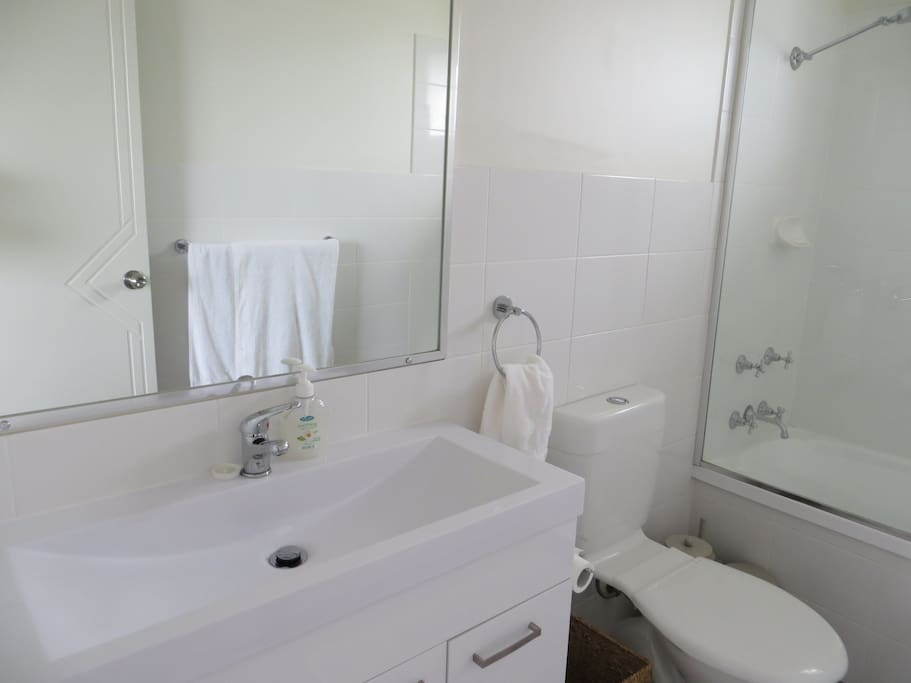 Clean & equipped bathroom