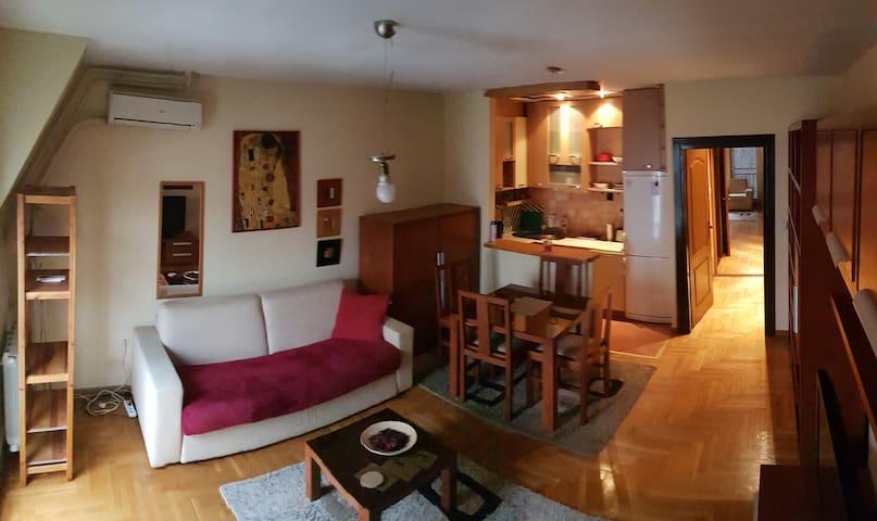 Apartment A&M