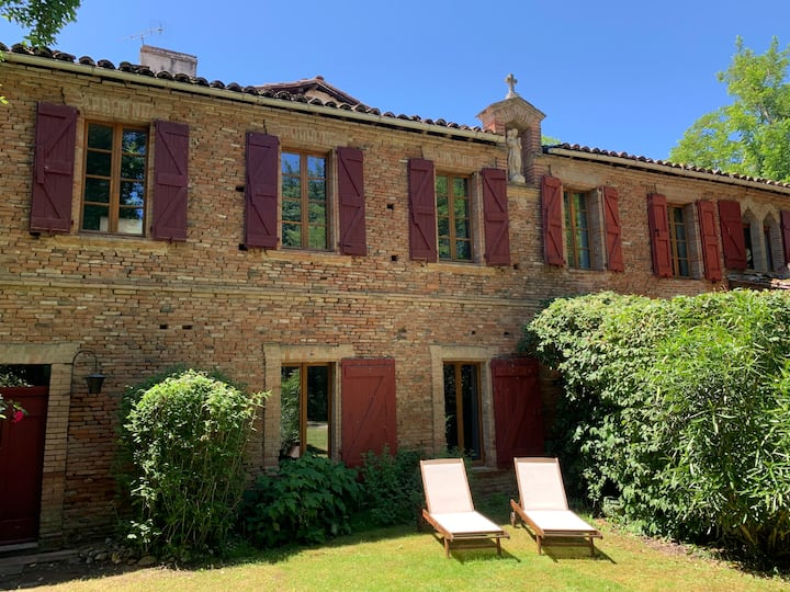 Rental for 12 4* near Toulouse/Albi with pool