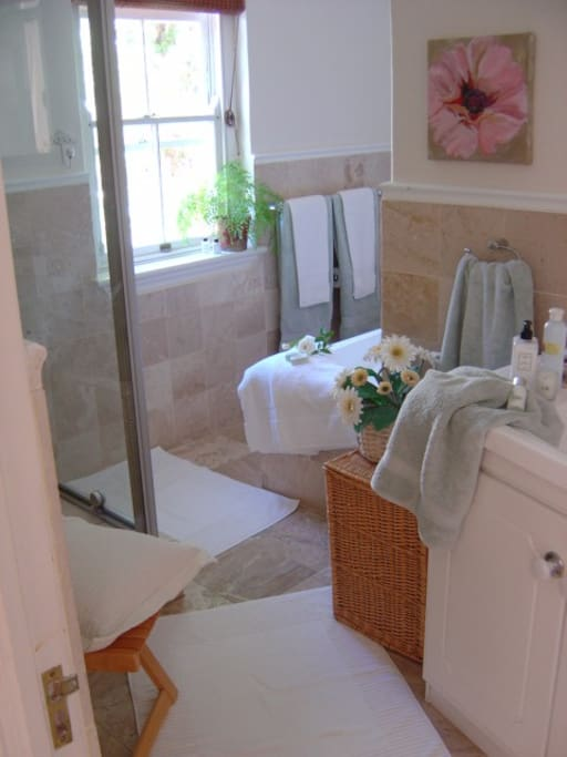 Full bathroom with shower bath W.C. basin & cupbaord
