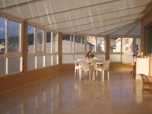 Piso Viveiro, 5º con garaje. Terraza con vistas