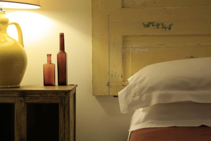 En suite room with swimming pool  - Arnesano - Bed & Breakfast