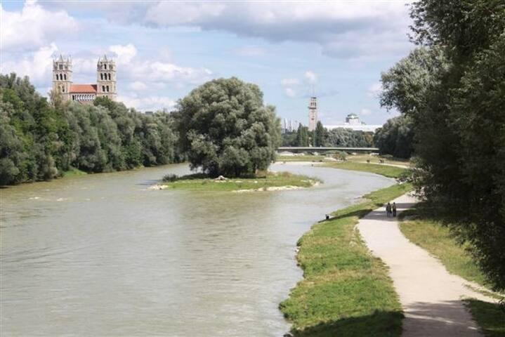 B&B Munich 20min walk² OKTOBERFEST or BAUMA