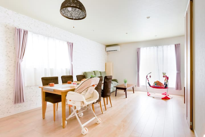 Osaka Namba 5min! Baby friendly beautiful 4BR Rose